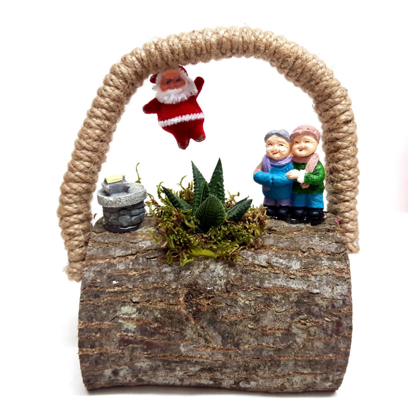 Noel Baba Görmüş Masum Yaşlı Çift Minyatür Bahçe Y-06