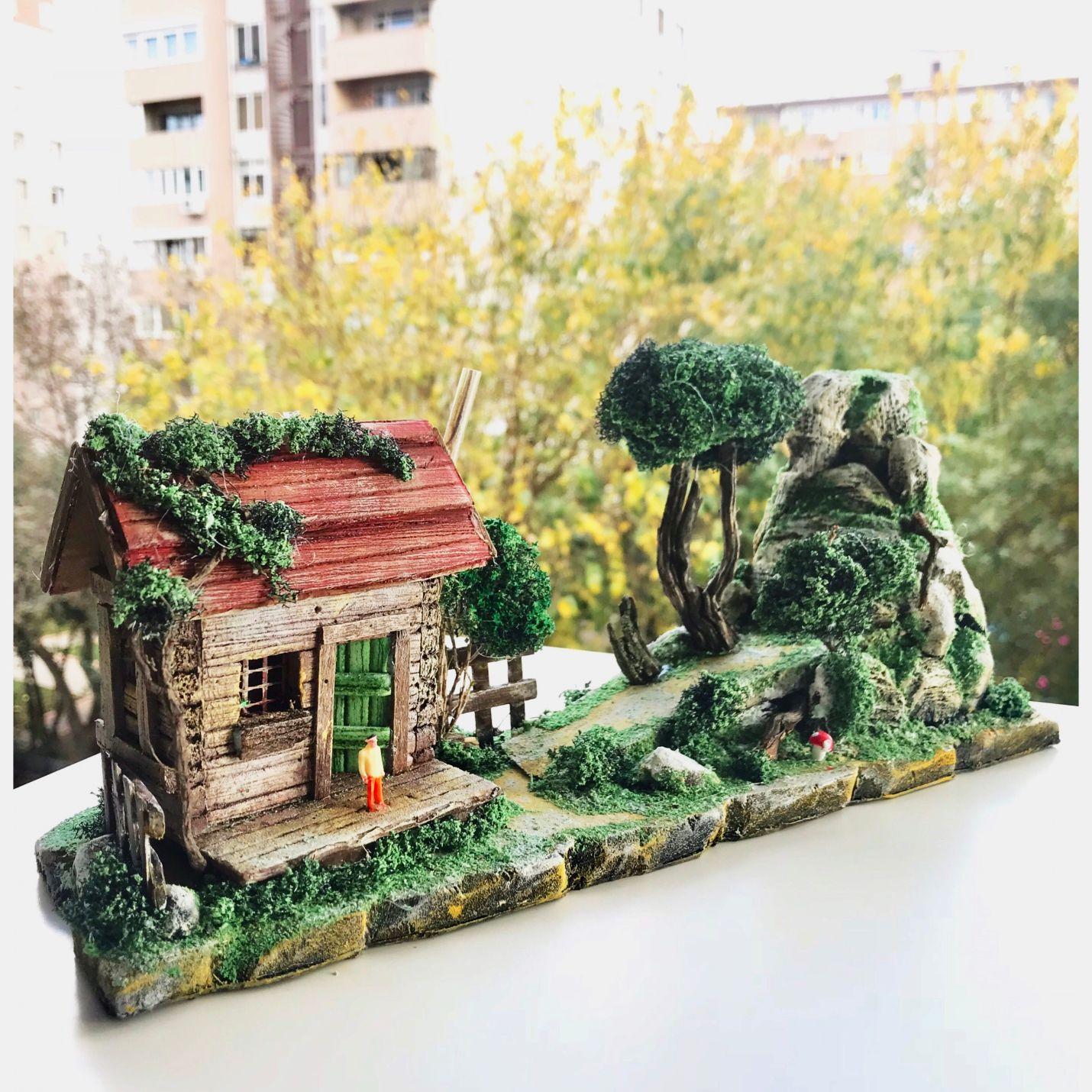 Bekleyen Sevgili Dağ Evi Teraryum Minyatür Bahçe