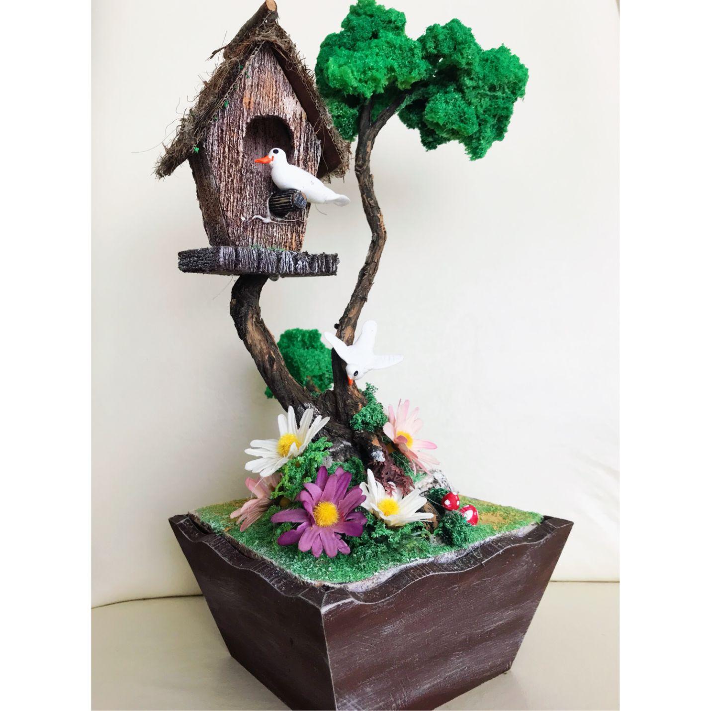 Ahşap Saksıda Aşık Kuşlar Tasarımlı Minyatür Bahçe
