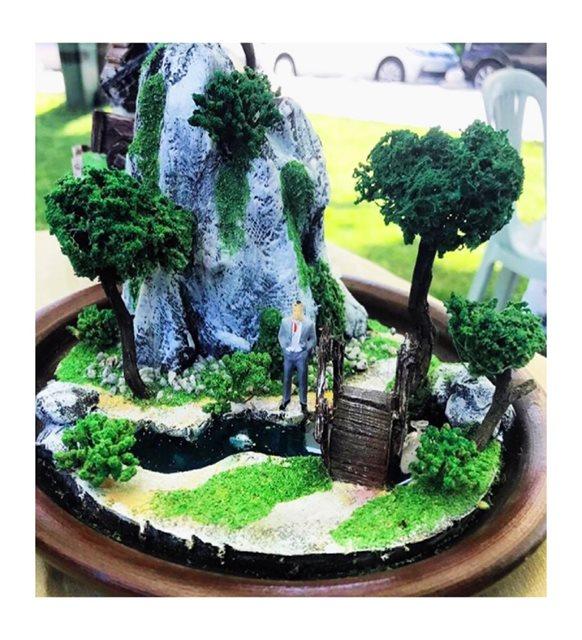 Bekleyen Aşık Minyatür Bahçe -Porselen