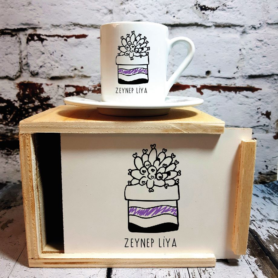 Kişiye Özel Kaktüs Tasarımlı Ahşap Kutulu Kahve Fincanı